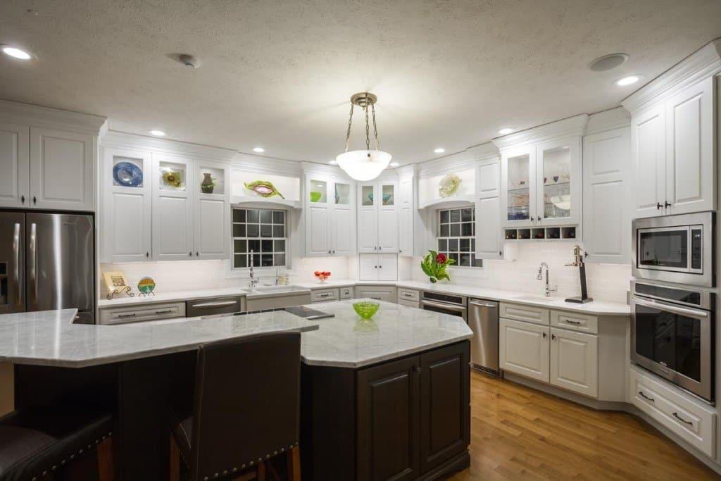 Kitchen Cabinet task lighitng